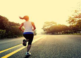 ۵ ورزش ساده صبحگاهی برای شروع یک روز خوب