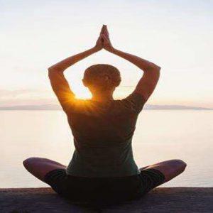 تاثیر یوگا در کاهش استرس