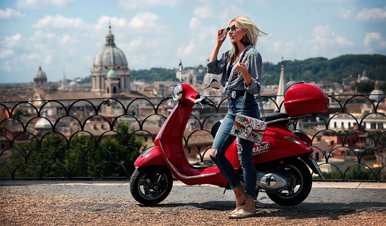 جاهای دیدنی رم - با وسپا چرخ بزنید