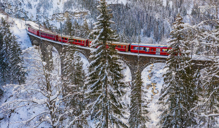 جاهای دیدنی سوئیس - قطار برنینا اکسپرس – تماشای زیبایی برروی چرخ
