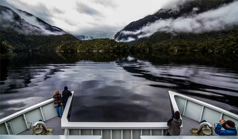 جاهای دیدنی سوئیس - گشتزنی با قایق – مجلل و باشکوه