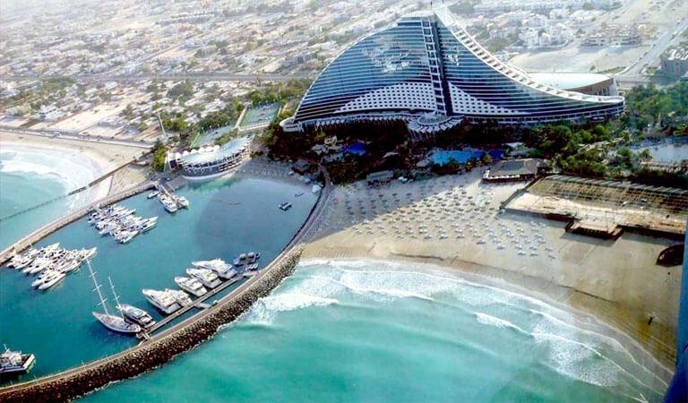جاهای دیدنی دبی - ساحل شن های سفید جمیرا