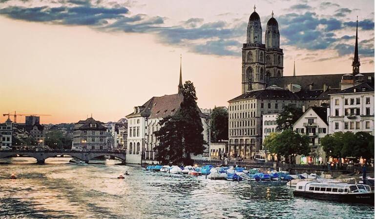 جاهای دیدنی سوئیس - گشتزنی در لیمات