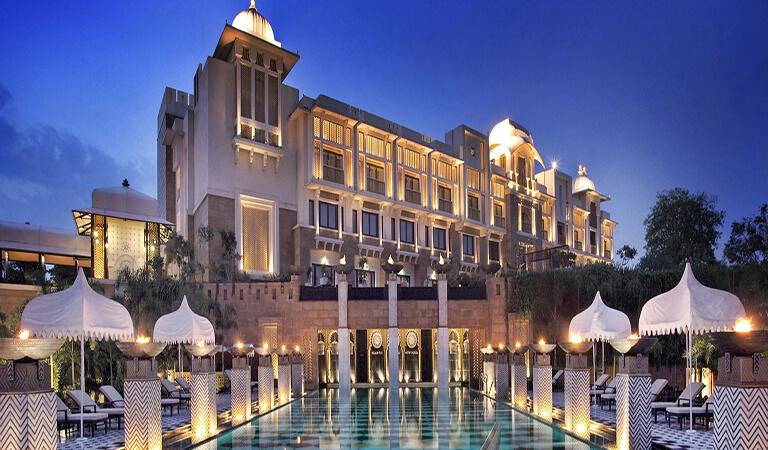 بهترین هتل های جهان - کاخ لیلا در اودیپور