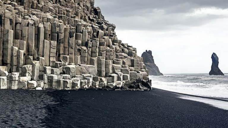 زيباترين سواحل دنيا - ساحل رینفیسارا - Vík í Mýrdal، ایسلند