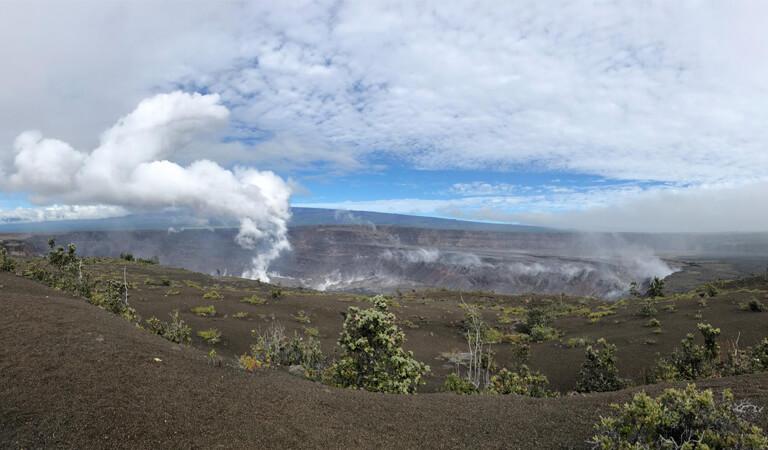 جزایر هاوایی - پیادهروی در جنگل بارانی و چشمانداز آتشفشان