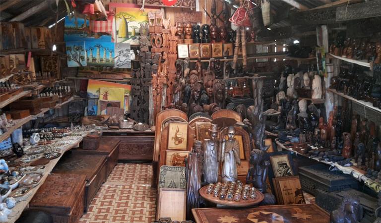 جزیره ماداگاسکار - بازار صنایع دستی لا دیگو