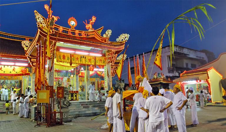 جاهای دیدنی پوکت - معبد جوئی توئی – یک مرکز مذهبی
